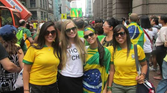 Au Pairs at the brazilian Festival